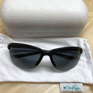 Oakley women's polarized glasses